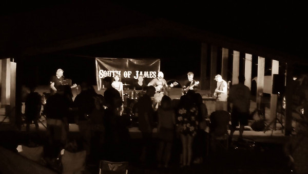 South of James ~ Folsom Prison Blues ~ Rockin at Independence 2016