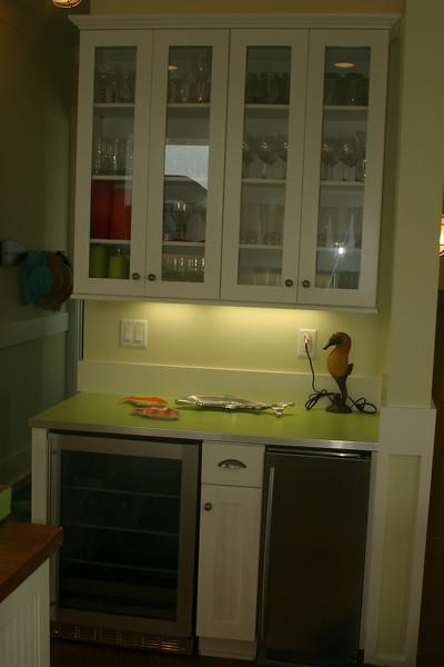 2nd floor kitchen- bev. cooler, ice maker, glasses