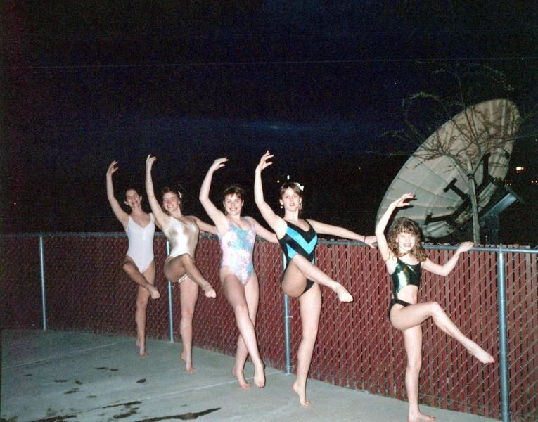 Dance_1845_a.jpg