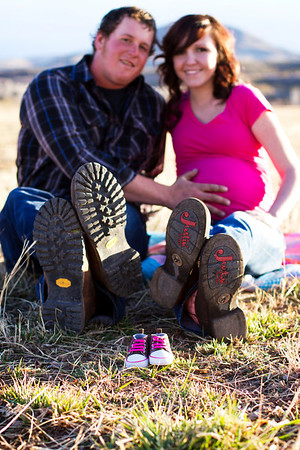 Alona and Chandler's Maternity
