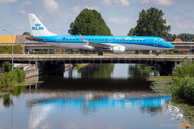 KLM / Embraer 190 / PH-EXB