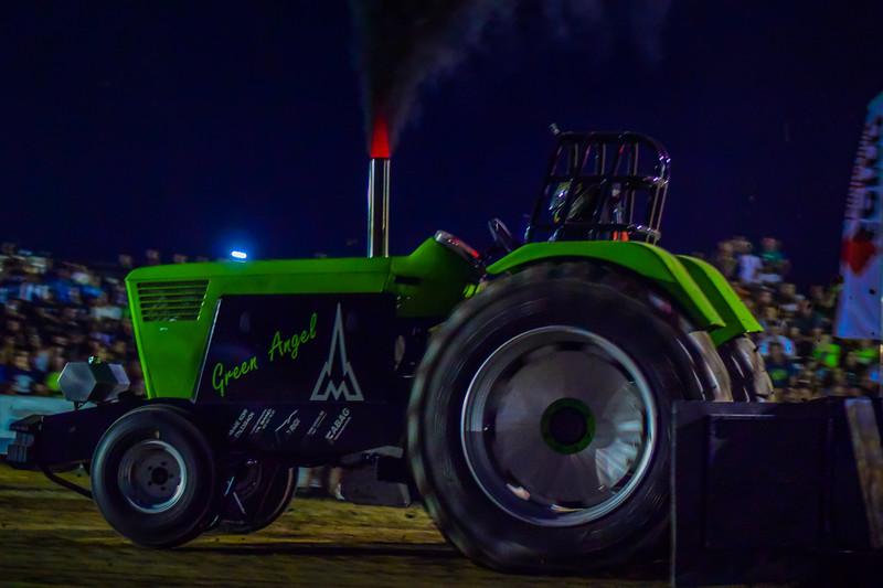 Tractor Pulling 2015 V3-0103.jpg