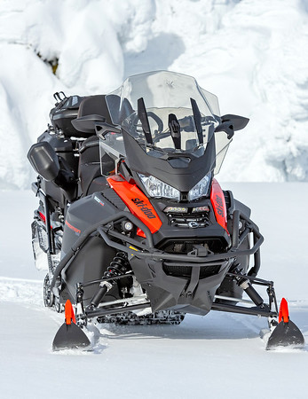 November Cover Shot options Ski-Doo Expedition SE
