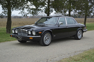 86 Jaguar XJ6 black