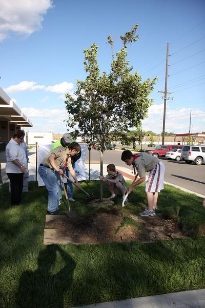 2011_05_03 Arbor Day Tree Planting