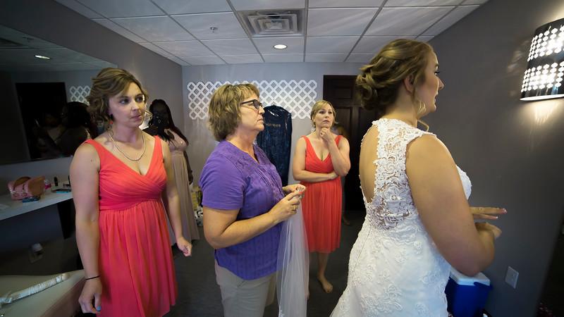 Laura & AJ Wedding (0150).jpg