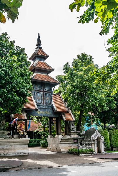chiang-mai-old-city-walking-tour-3130.jpg