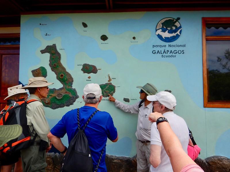 Santa Cruz-walk to Darwin Center