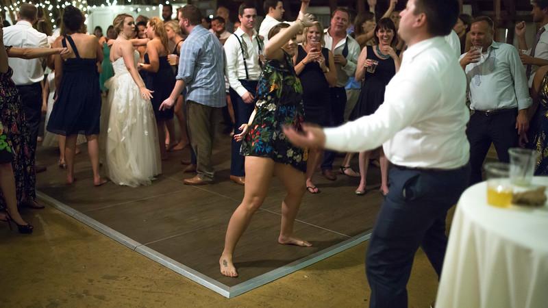 Garrett & Lisa Wedding (925).jpg