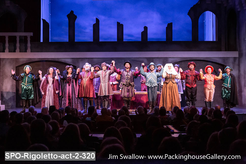 SPO-Rigoletto-act-2-320.jpg