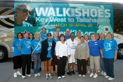 """04-07-11 """"Walk In My Shoes"""" visits United Way in Ocala by Omar Vega"""