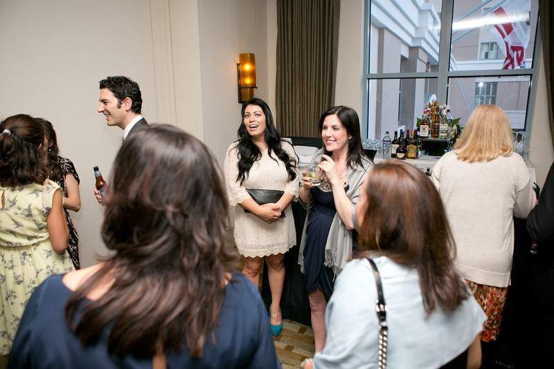 20130406-cocktailhour-36.jpg