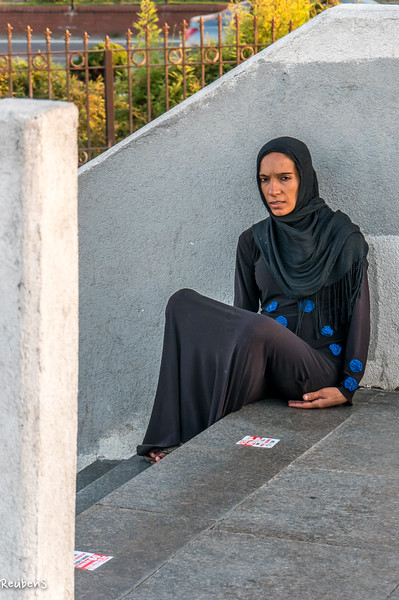 Woman in Burqca Istanbul.jpg