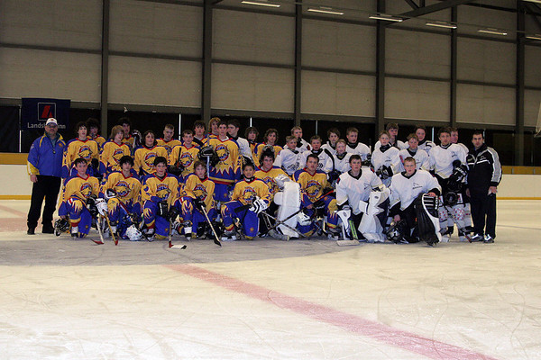 Bantam Game in Iceland