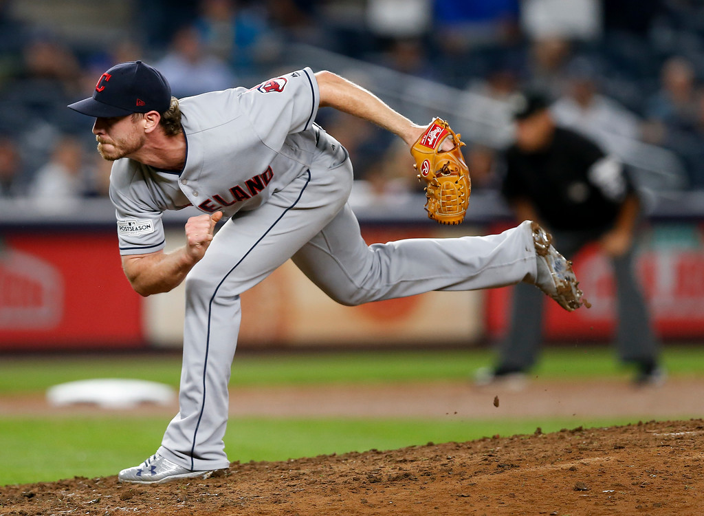 . Cleveland Indians pitcher Josh Tomlin delivers against the New York Yankees during the eighth inning in Game 4 of baseball\'s American League Division Series, Monday, Oct. 9, 2017, in New York. (AP Photo/Kathy Willens)