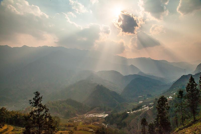 Sapa Rice Terraces Sun BeamsIMG_6807.jpg