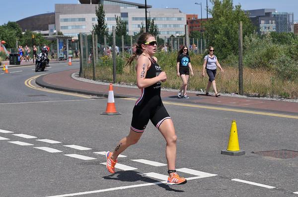 Cardiff Triathlon - Womens Run at Cardiff Bay