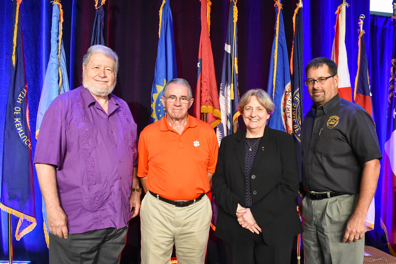 Past National Officers, Friday Afternoon Session 144946.jpg