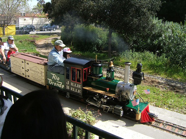 2006 04 02 Trains