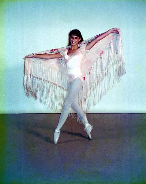 Dance_1979_a.jpg