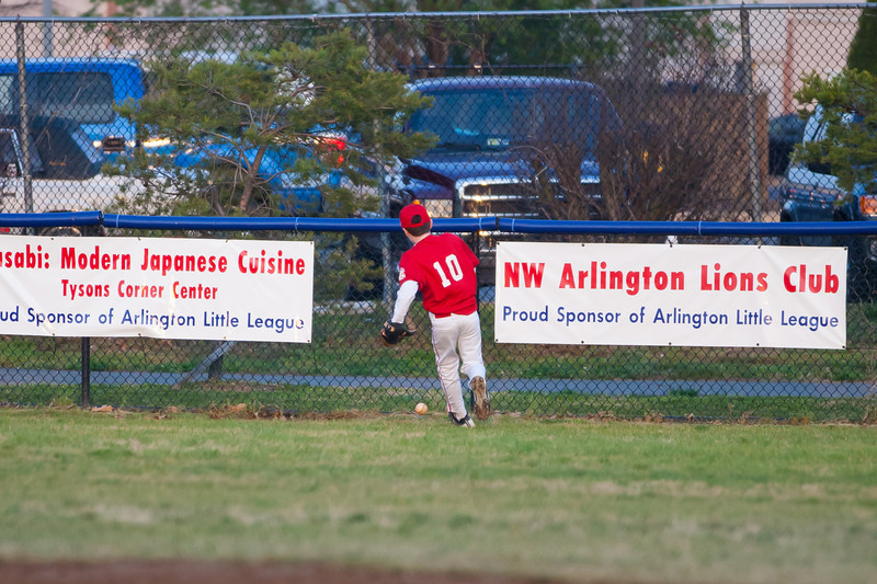 Sam chases a deep RBI double to center field in the bottom of the 5th inning. Nats lead 9-2. The Nationals almost blew a big lead, but managed to hold off the Brewers to win 9-7. They are now 3-2 for the season. 2012 Arlington Little League Baseball, Majors Division. Nationals vs Brewers (26 Apr 2012) (Image taken by Patrick R. Kane on 26 Apr 2012 with Canon EOS-1D Mark III at ISO 1600, f2.8, 1/2000 sec and 200mm)