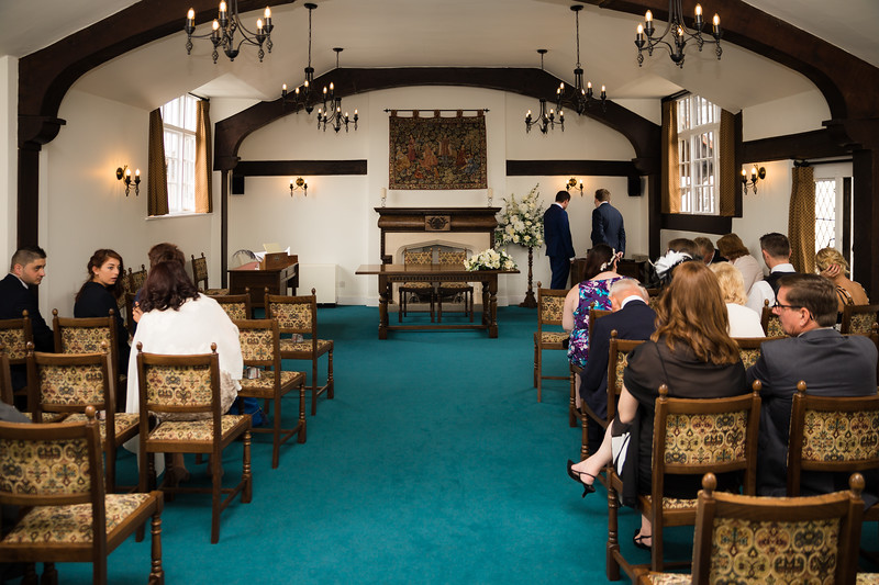 Mayor_wedding_ben_savell_photography_bishops_stortford_registry_office-0046.jpg