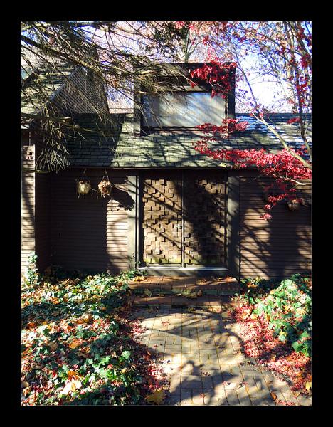 5. Front Doors and Clerestory.JPG