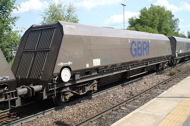 HYA 371038 passes Knottingley on 4N36 Tyne Dock-Drax 19/06/12.
