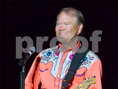 glen-campbell-superstar-entertainer-of-1960s-and-70s-dies