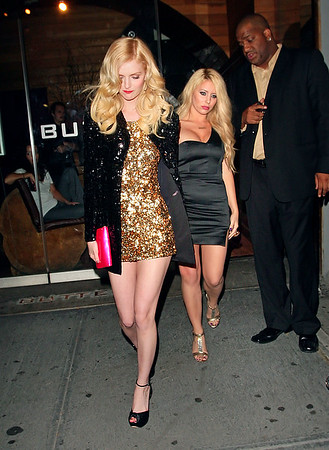 2008-08-04 - Lydia Hearst and Aubrey O'day out and about in NYC