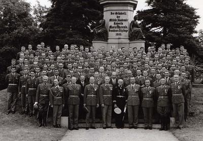 1966 Die Ausmusterung
