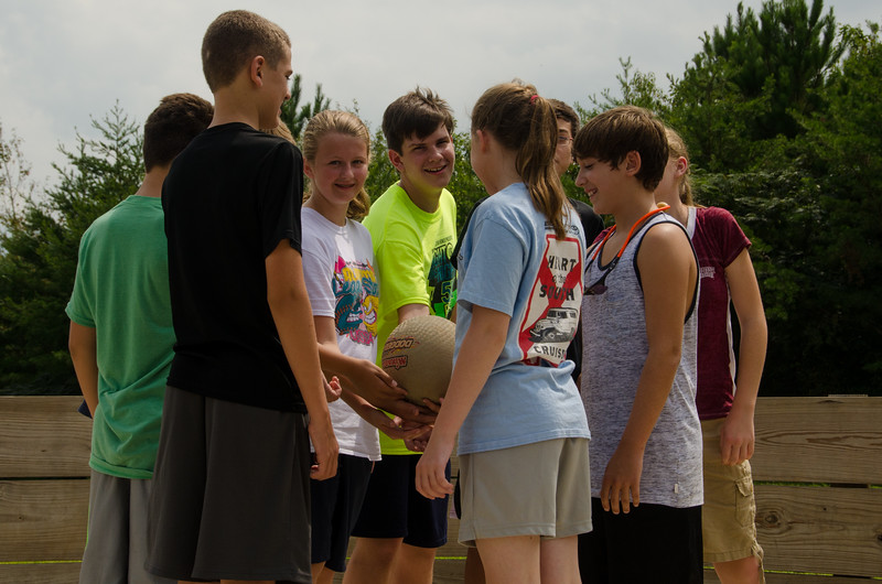 2014JrHighRetreat (55 of 215).jpg