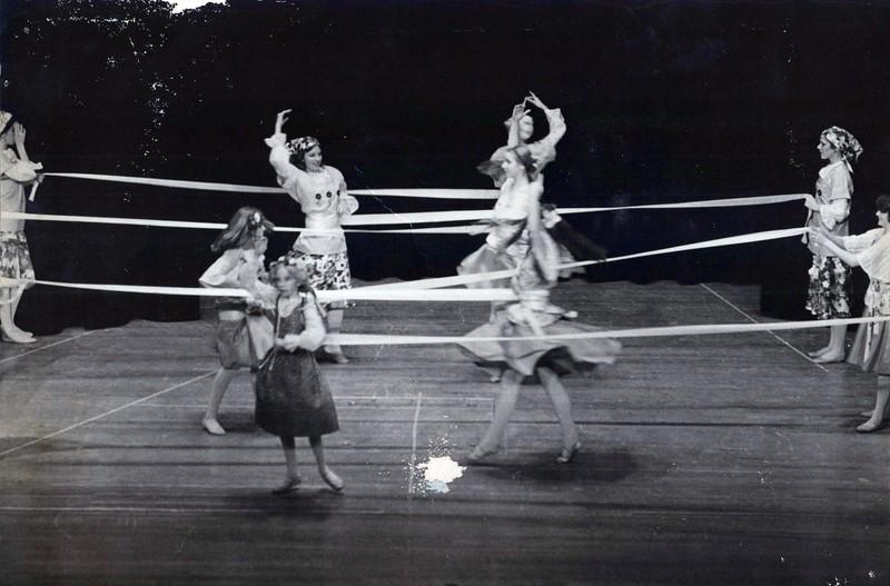 Dance_2828_a.jpg