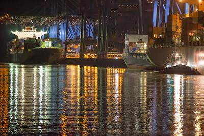 2013 06 12 CMA CGM Jules Verne im Hamburger Hafen