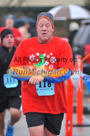 Finish, Gallery 2 - 2012 Shelby Twp. Jingle Bell Run