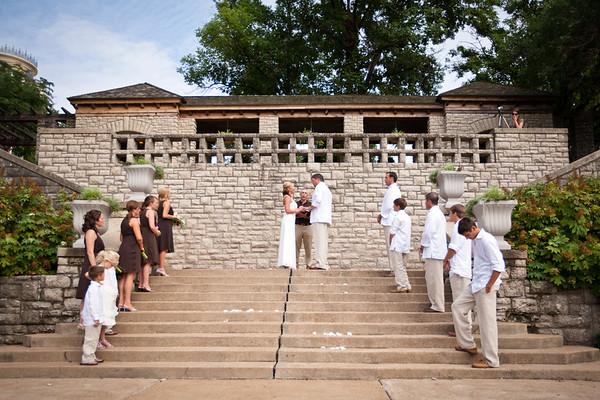 Pemberton Wedding at the Governor's Garden in Jefferson City, MO