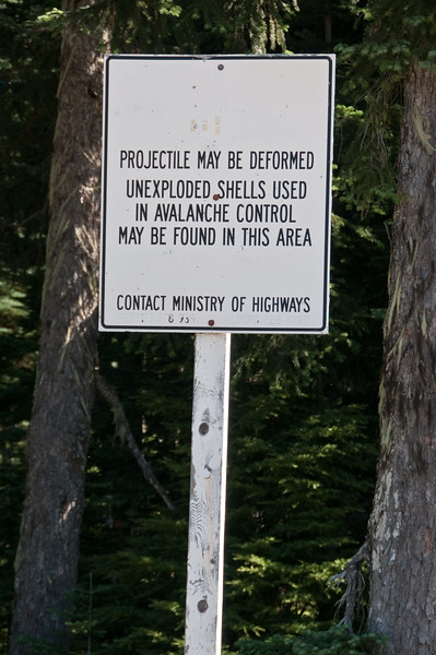 After seeing this sign, I decided NOT to wander off the paved area of the abandoned rest stop.