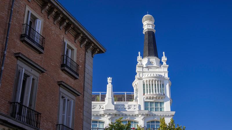 00060 ME Madrid Reina Victoria Hotel 16x9.jpg