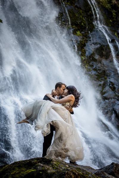 Chloe-Connor-wedding-photographer-seattle-wa.jpg