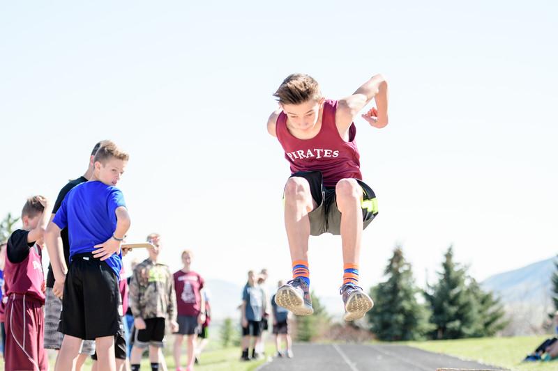 Middle School Track Meets 2017-272.jpg
