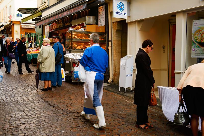 Fishmonger on Rue Mouffetard