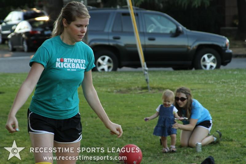 Recesstime_Portland_Kickball_20120724_4092.JPG