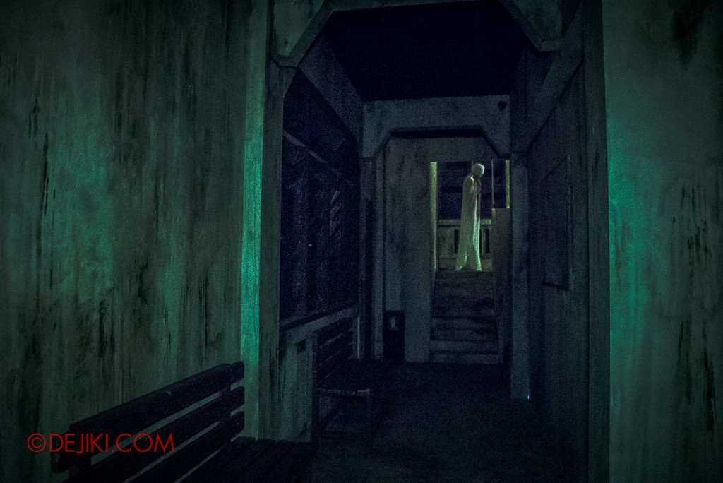 Halloween Horror Nights 6 - Old Changi Hospital / The Corridor