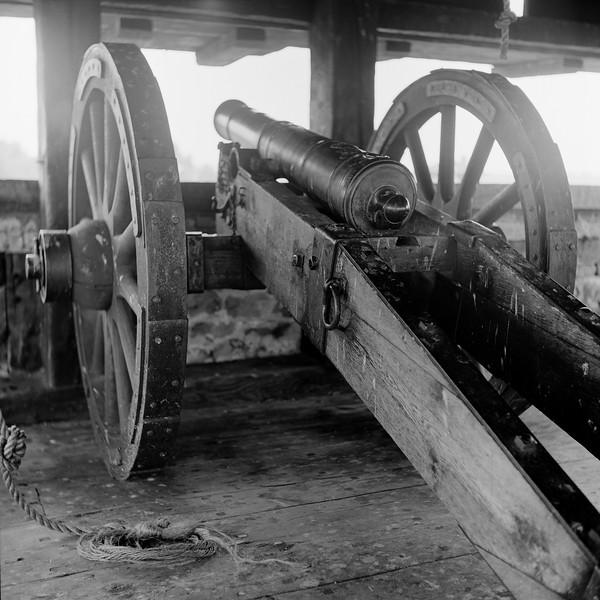 Cannon Installation, Fort Niagara, NY. July 1997