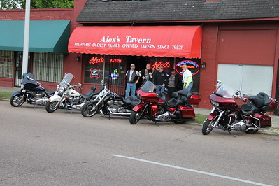 Alex's Tavern dinner ride 5-19-16