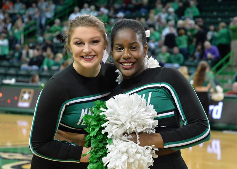 cheerleaders3781.jpg