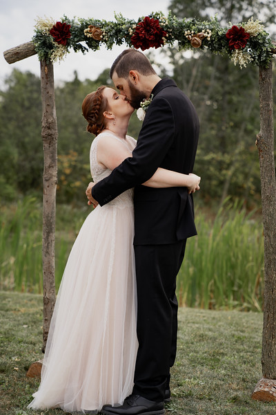rustic_ohio__fall_barn_wedding-315.jpg