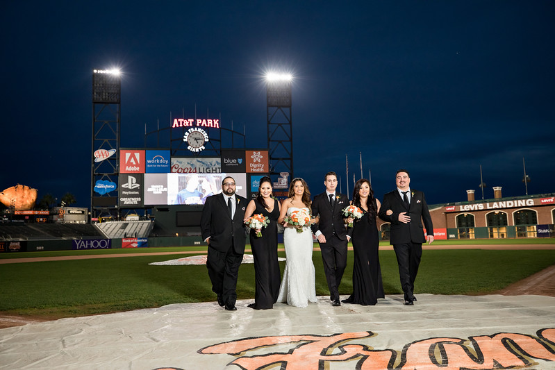 AT&T park wedding, San Francisco Giants stadium wedding, San Francisco wedding photos, Huy Pham Photography, Huy Pham Photography