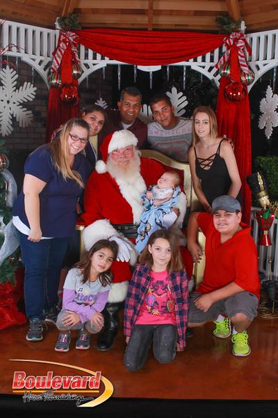 Santa 12-10-16-402.jpg