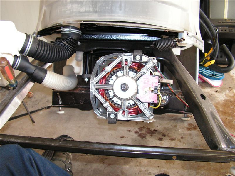 Whirlpool-Built Direct Drive Washer:  Pump Removed from Motor
